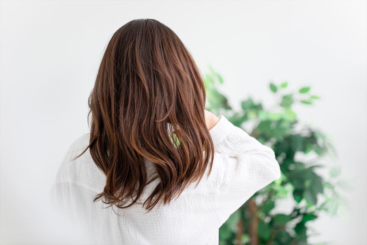 ブラウン髪の女性